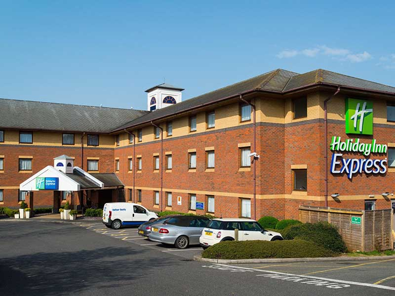 Express Holiday Inn - Exeter